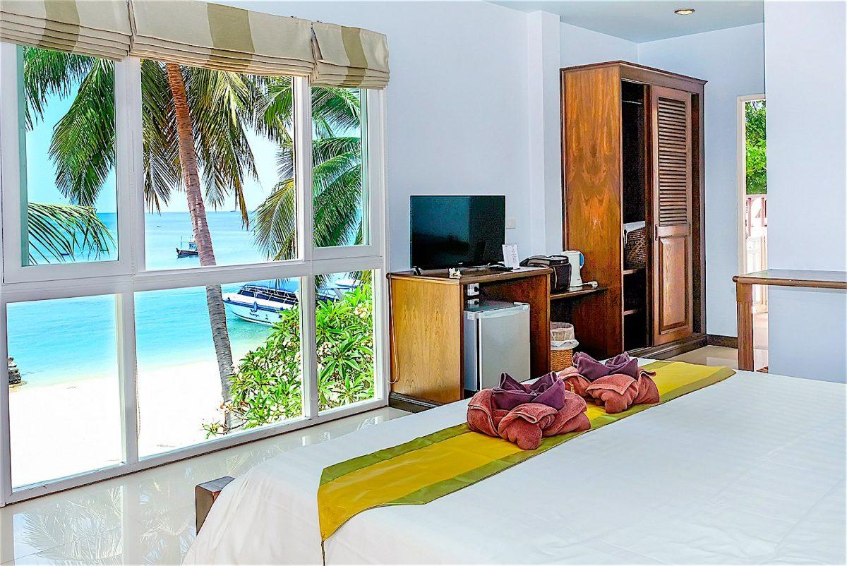 www.thefunkyturtle.com ananda villa hotel koh tao