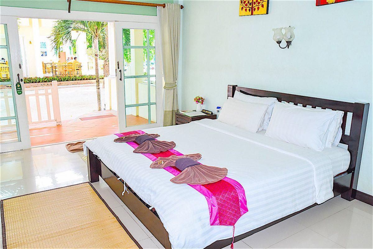 www.thefunkyturtle.com ananda villa hotel koh tao superior rooms