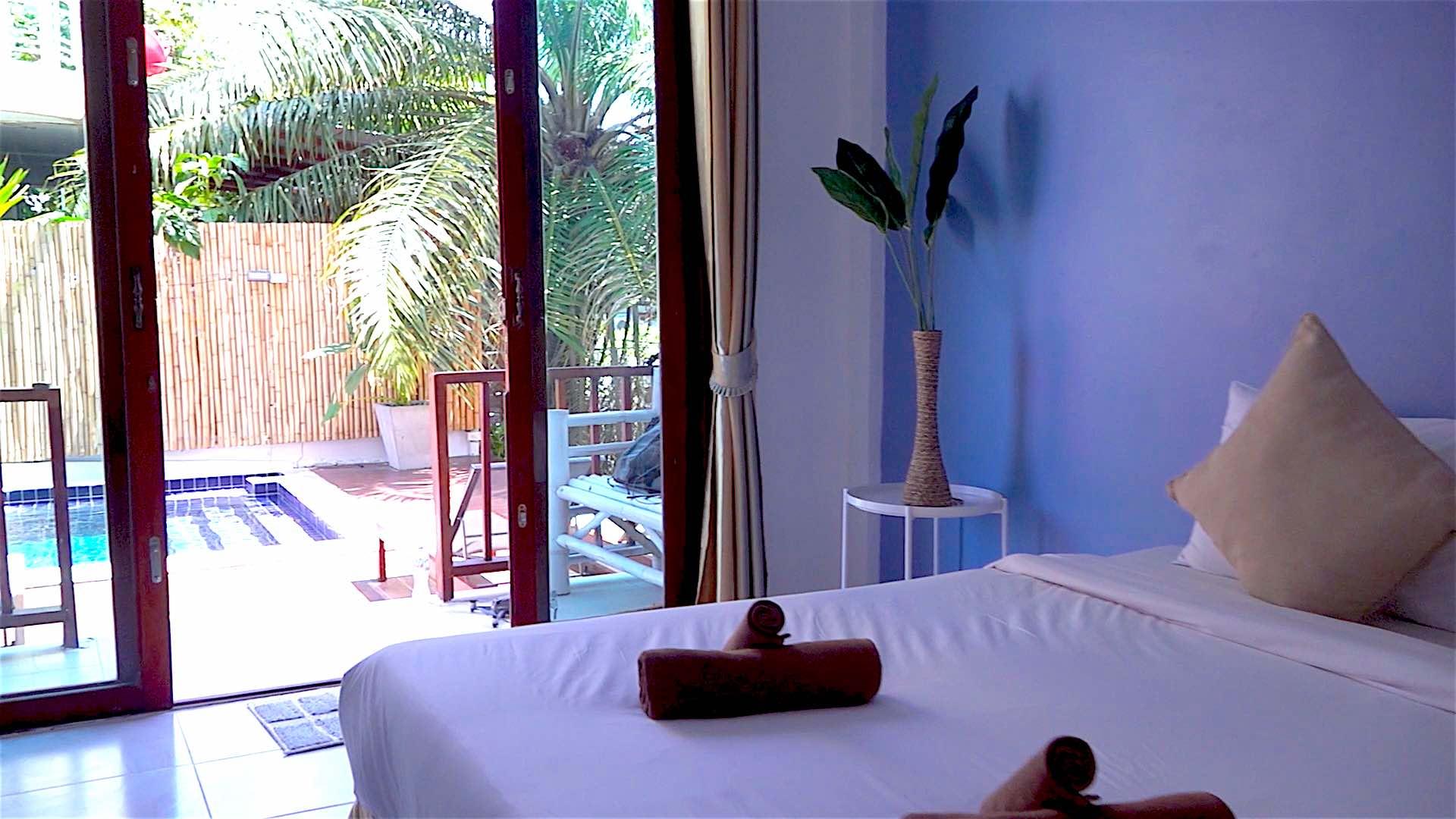 www.thefunkyturtle.com hakuna matata hostel koh tao private rooms