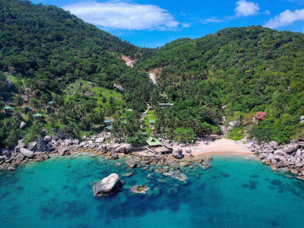 www.thefunkyturtle.com-hin-wong-beach-koh-tao