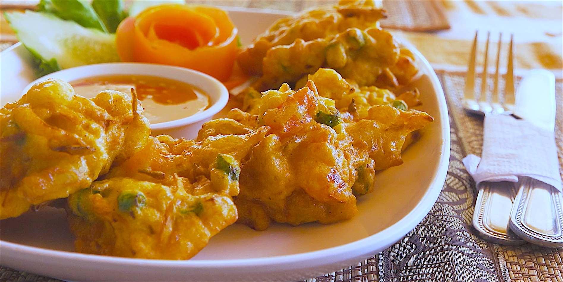 www.thefunkyturtle.com pranees kitchen thai restaurant koh tao prawns