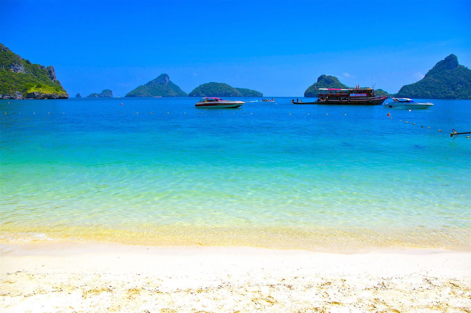www.thefunkyturtle.com-activities-ang-thong-marine-park-beautiful-beaches