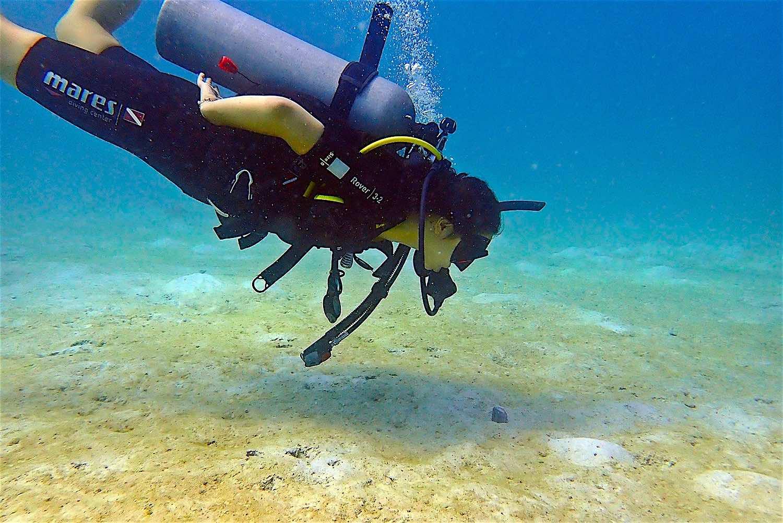 www.thefunkyturtle.com buoyancy skills koh tao