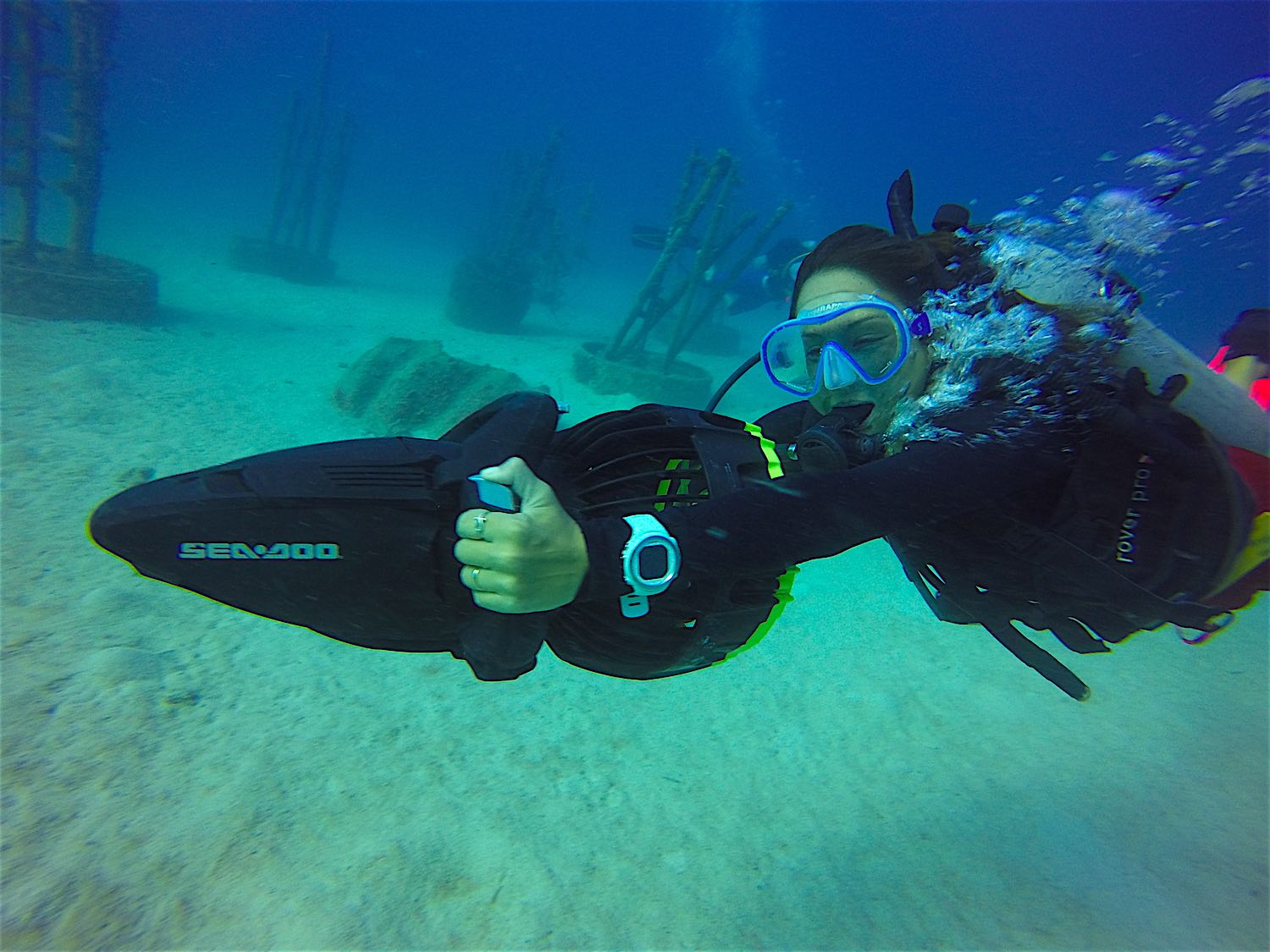 www.thefunkyturtle.com-dpv-scooter-specialty-courses-koh-tao