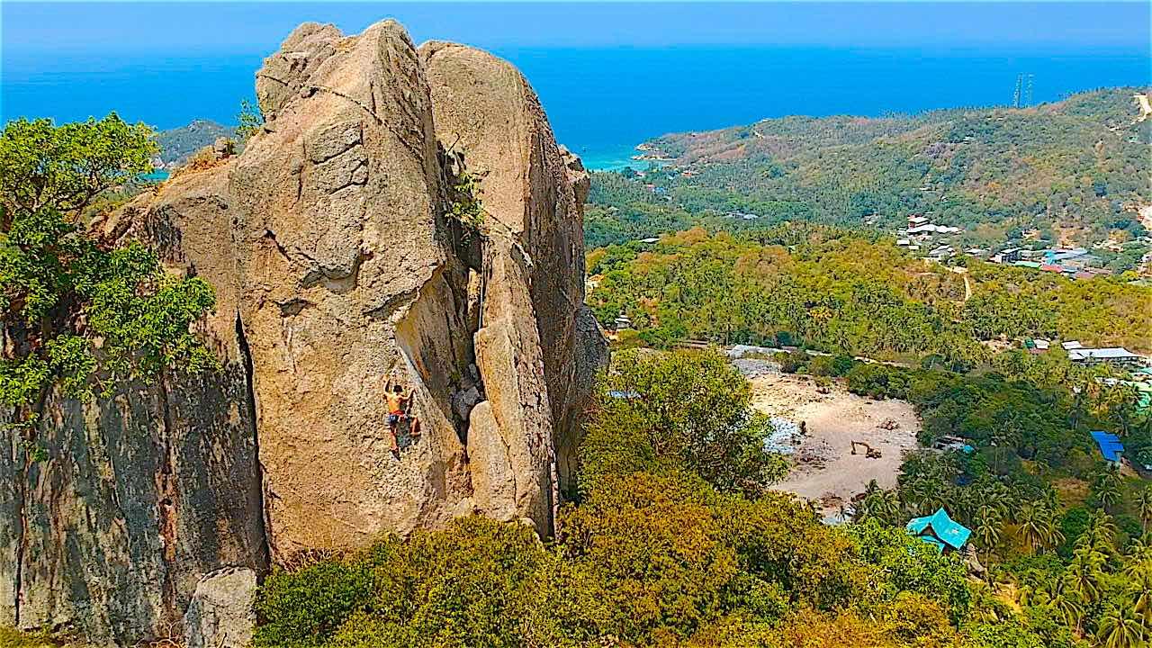 www.thefunkyturtle.com rock climbing on koh tao