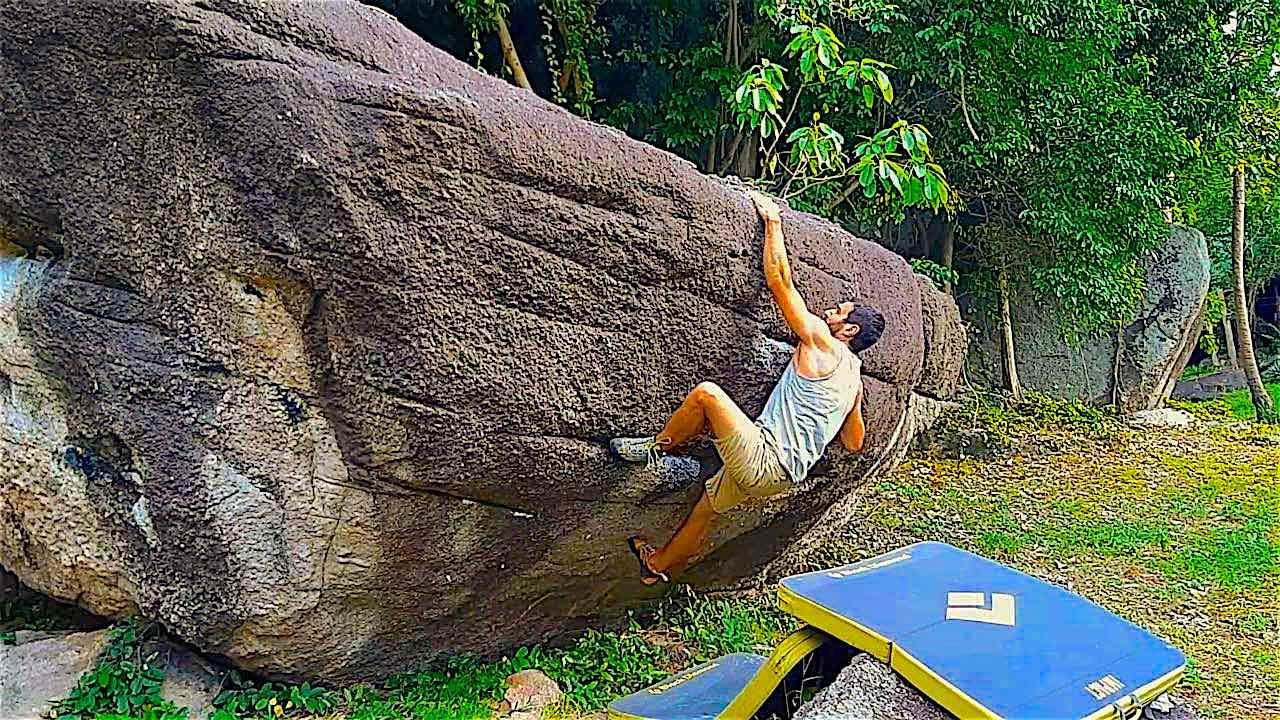 www.thefunkyturtle.com rock climbing training on koh tao