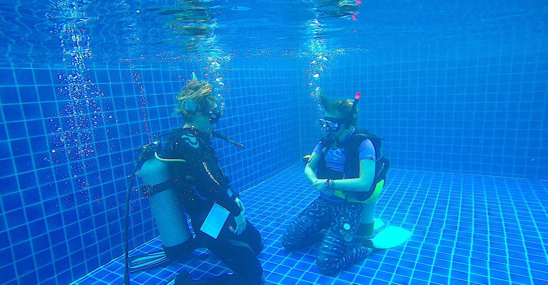 www.thefunkyturtle.com scuba review for scuba divers