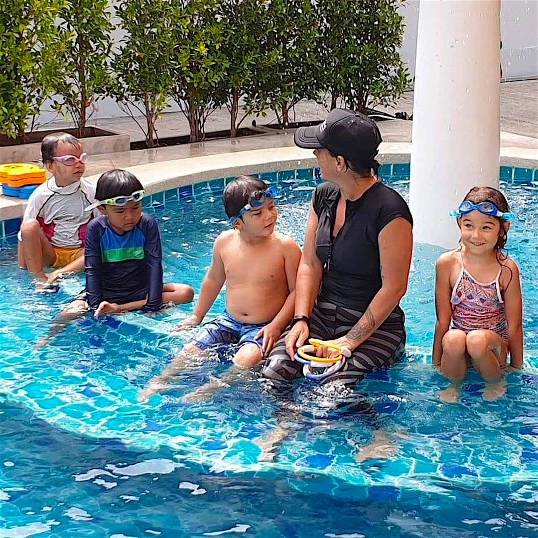 www.thefunkyturtle.com swimming lessons koh tao