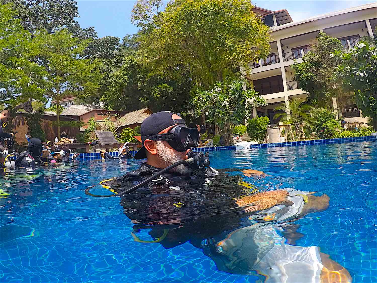 www.thefunkyturtle.com-teaching-dive-instructor-thailand