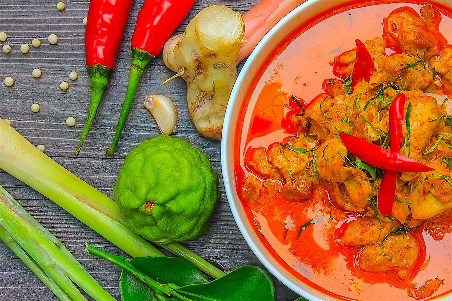 www.thefunkyturtle.com-thai-cooking-red-curry-on-koh-tao
