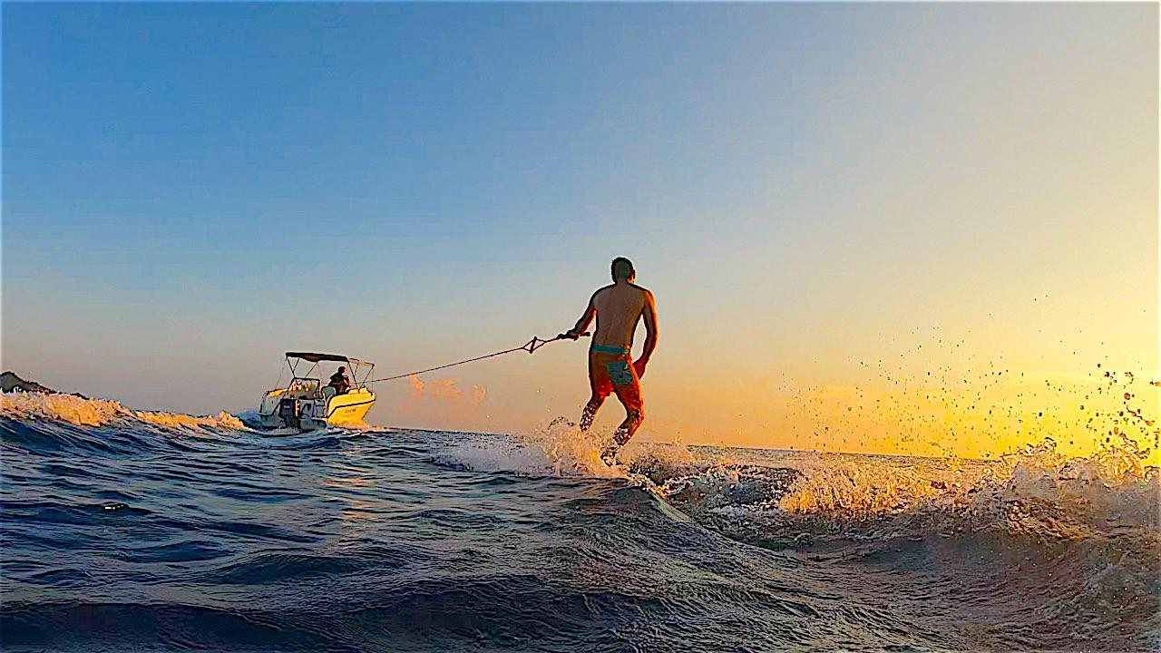www.thefunkyturtle.com wakeboarding on koh tao