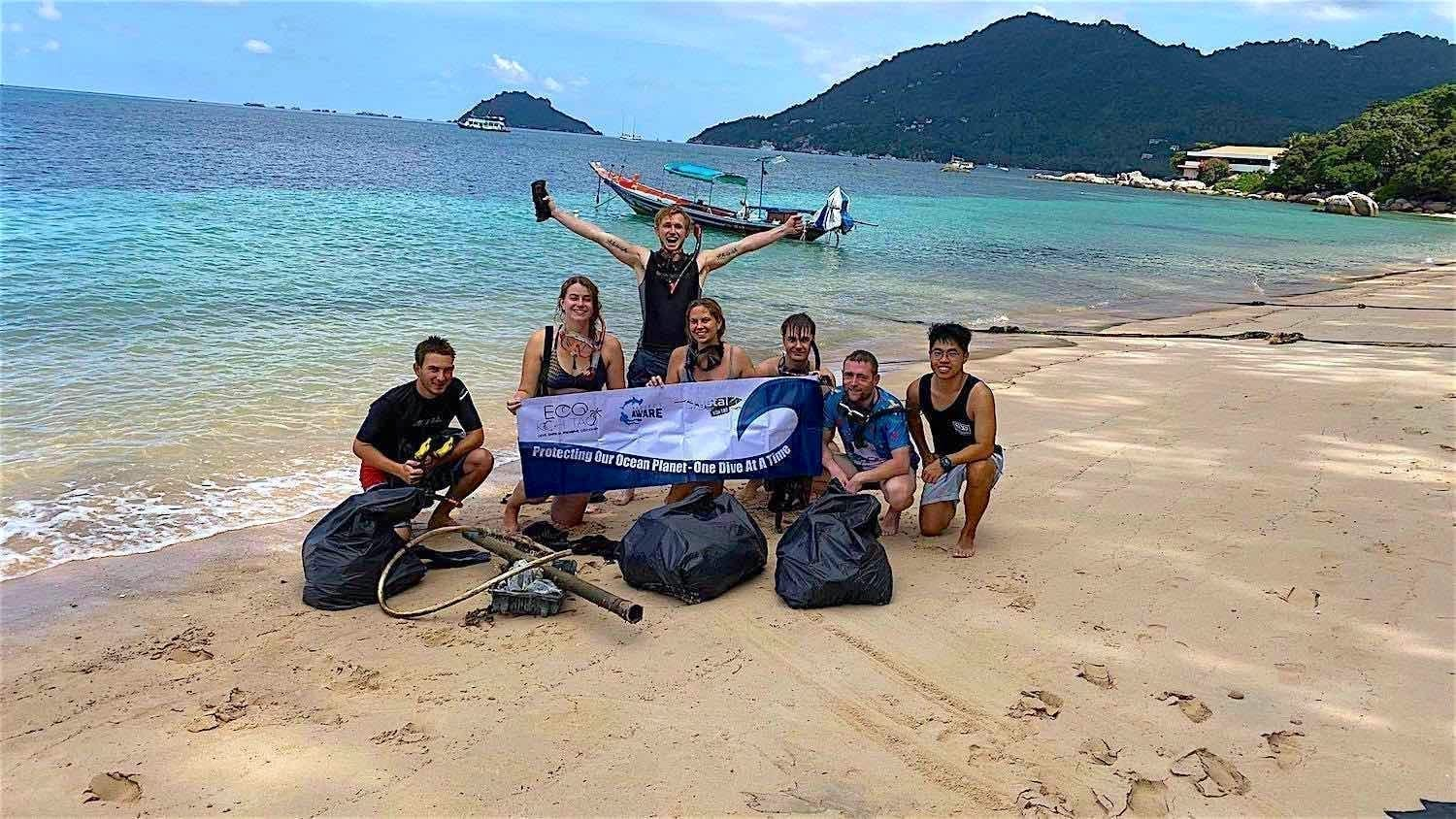 www.thefunkyturtle.com beach clean ups on koh tao