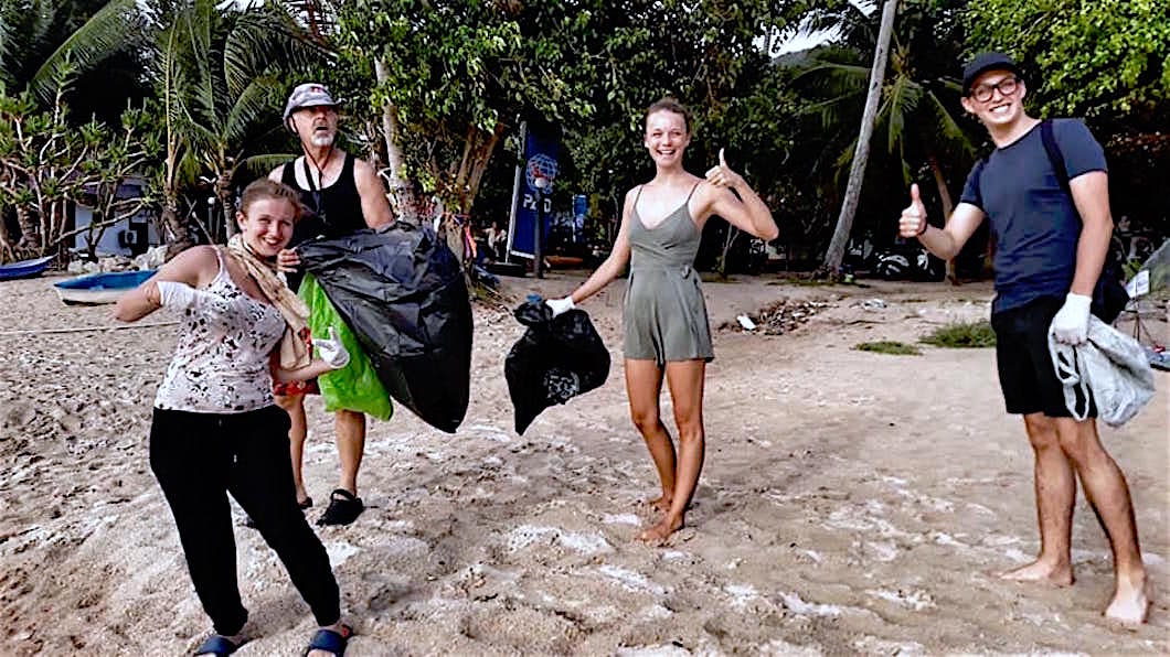 www.thefunkyturtle.com beach clean ups