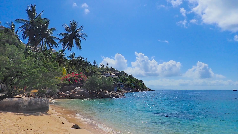 www.thefunkyturtle.com best beaches june juea koh tao thailand