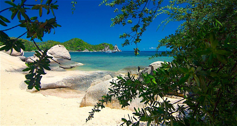 www.thefunkyturtle.com best beaches koh tao saan jao beach