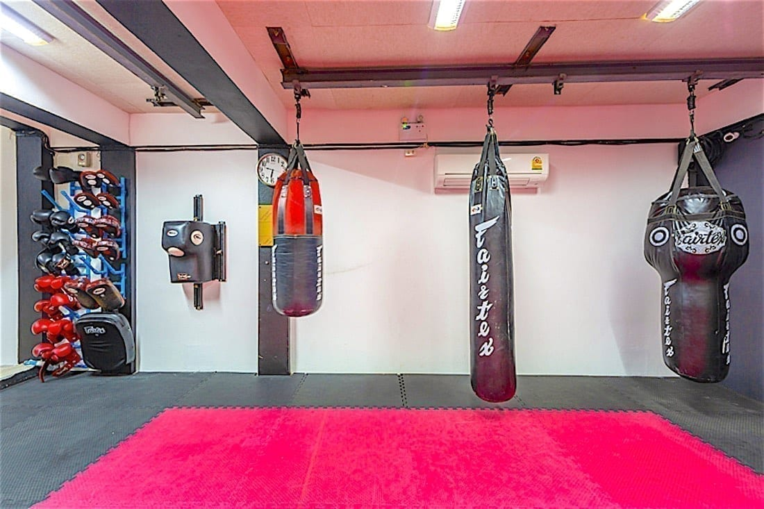 www.thefunkyturtle.com best gym and fitness boxing area koh tao