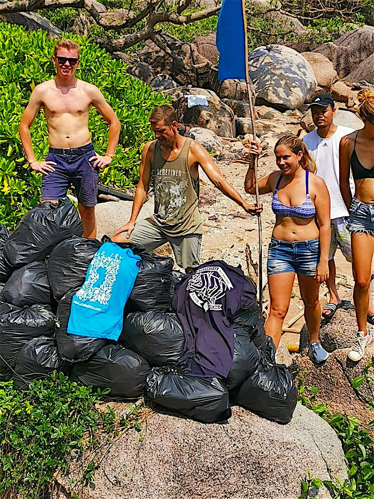 www.thefunkyturtle.com koh tao beach clean ups