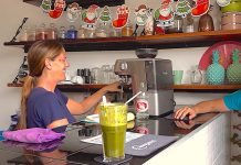 thefunkyturtle.com living juices cafe and juice bar koh tao juice bar