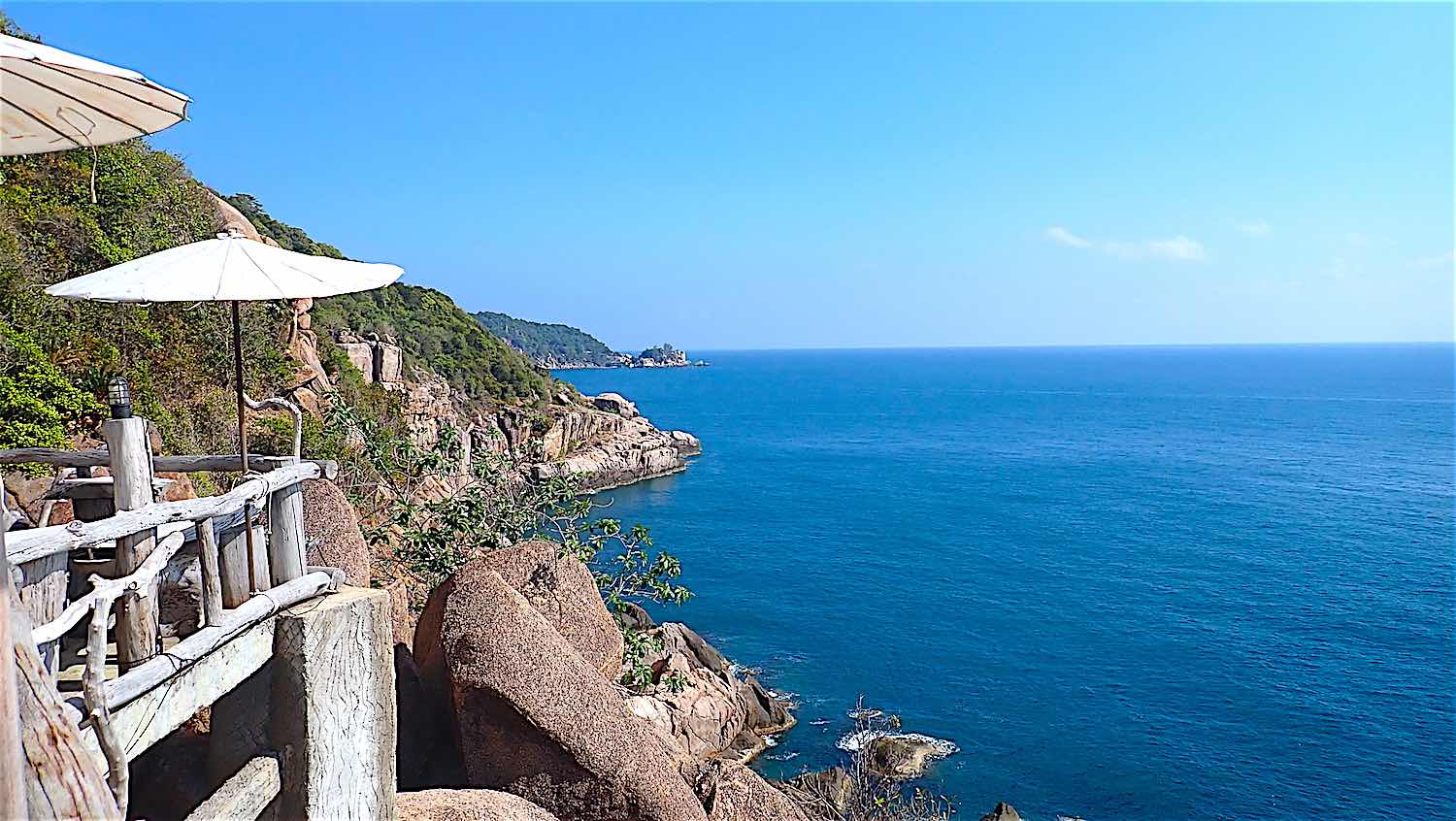 www.thefunkyturtle.com moondance magic view koh tao