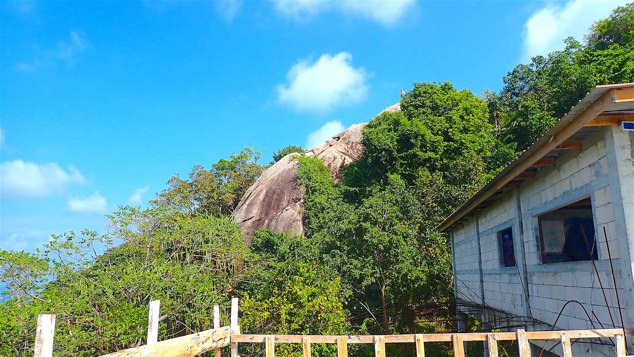 www.thefunkyturtle.com abandoned resort fraggle rock viewpoint koh tao
