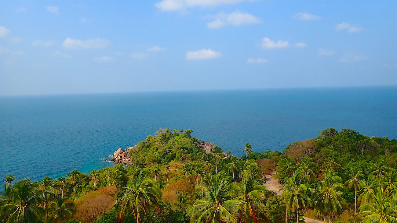 www.thefunkyturtle.com amazing coastal views at sainuan viewpoint koh tao