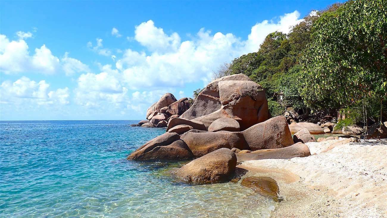 www.thefunkyturtle.com beautiful tao thong beach koh tao