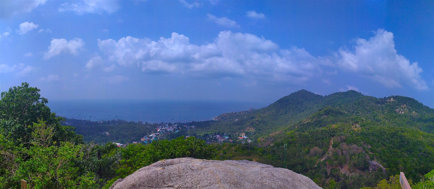 www.thefunkyturtle.com panoramic view from fraggle rock viewpoint koh tao