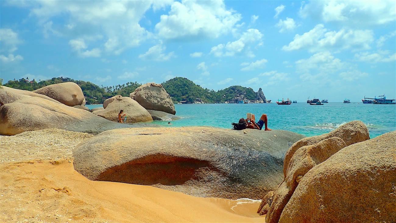 www.thefunkyturtle.com relaxing saan jao beach koh tao