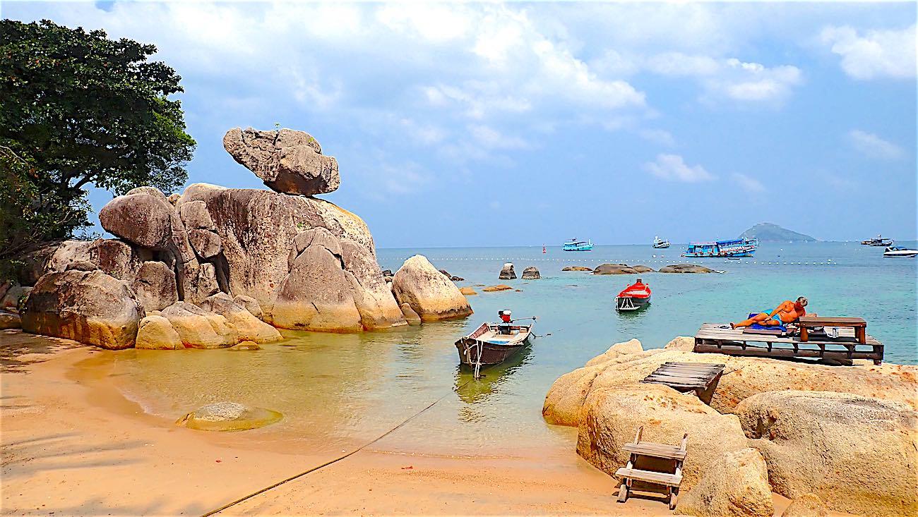 www.thefunkyturtle.com snorkeling mae haad beach koh tao thailand