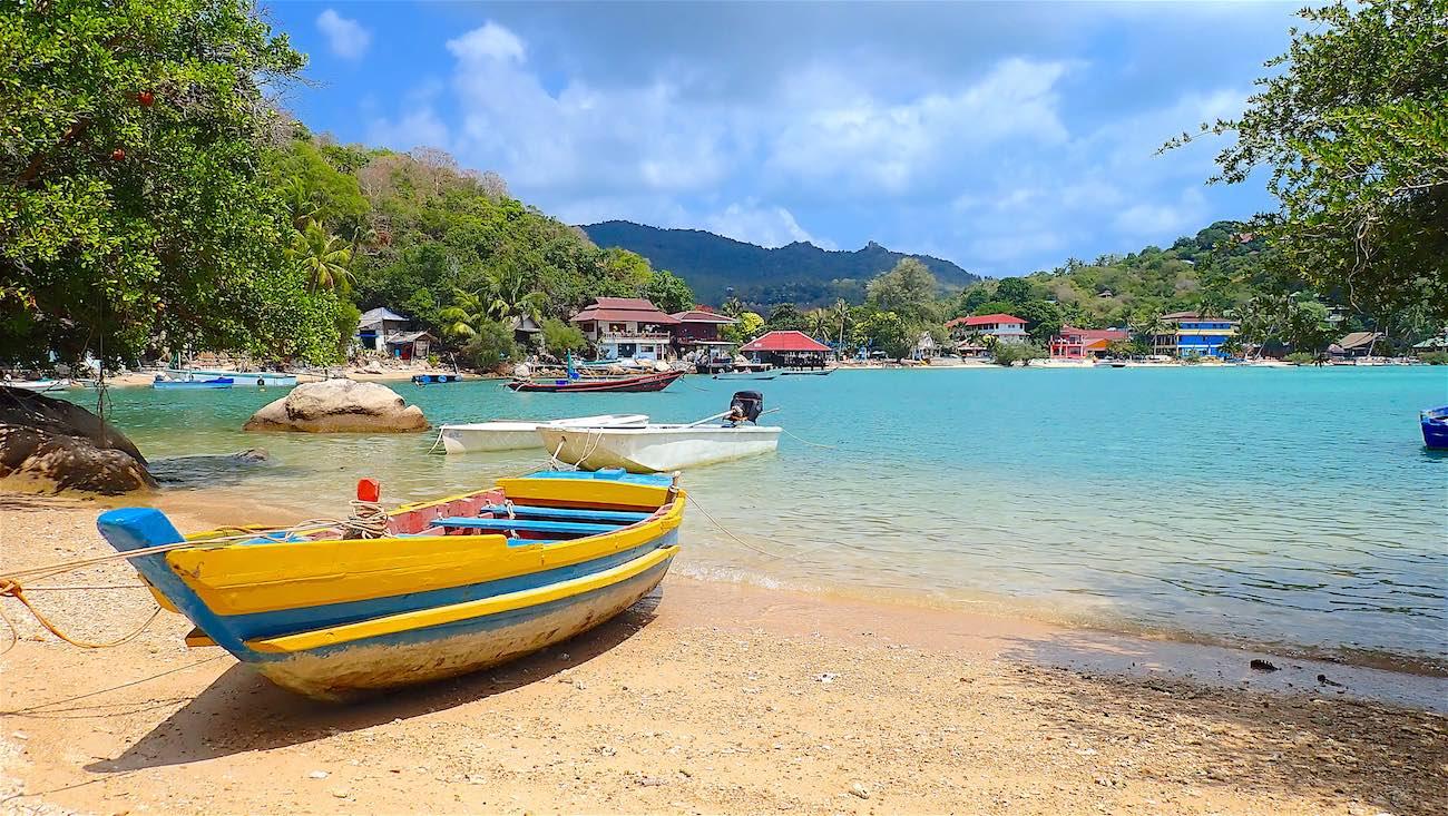 www.thefunkyturtle.com swimming saan jao beach koh tao