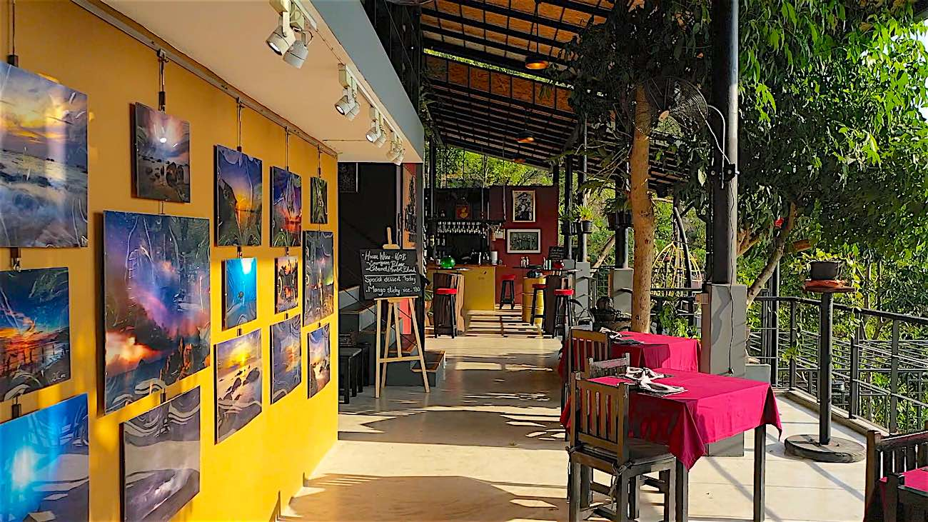www.thefunkyturtle.com koh tao art gallery and restaurant
