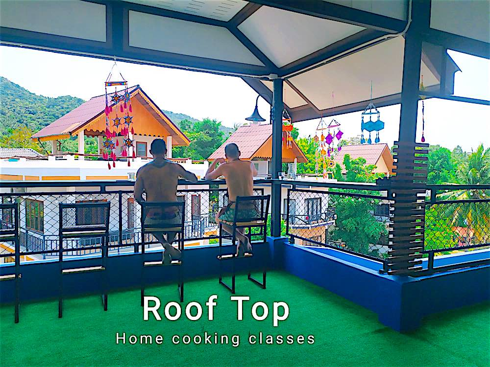 www.thefunkyturtle.com parawan thai cooking class koh tao roof top