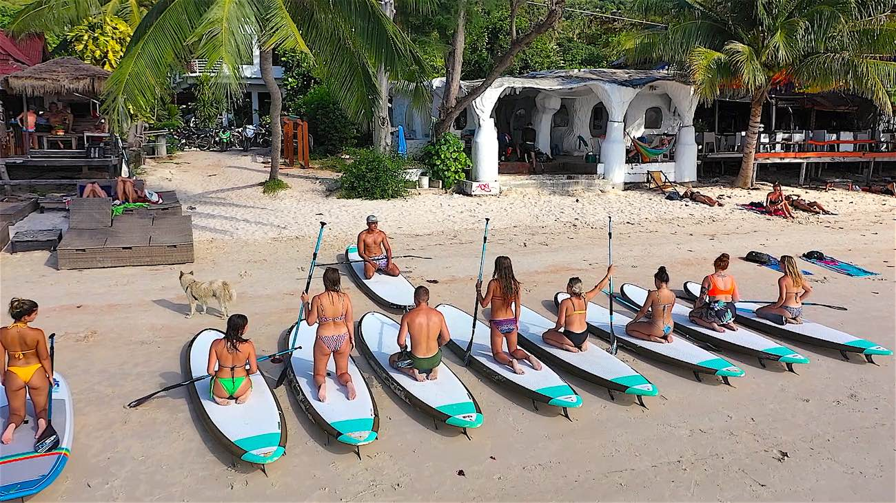 thefunkyturtle.com sup tao best paddleboarding in sairee beach on koh tao