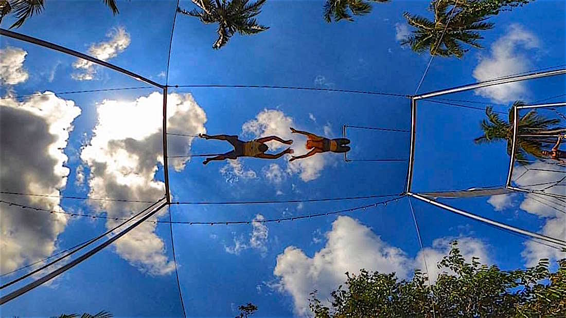 www.thefunkyturtle.com flying trapeze lessons koh tao