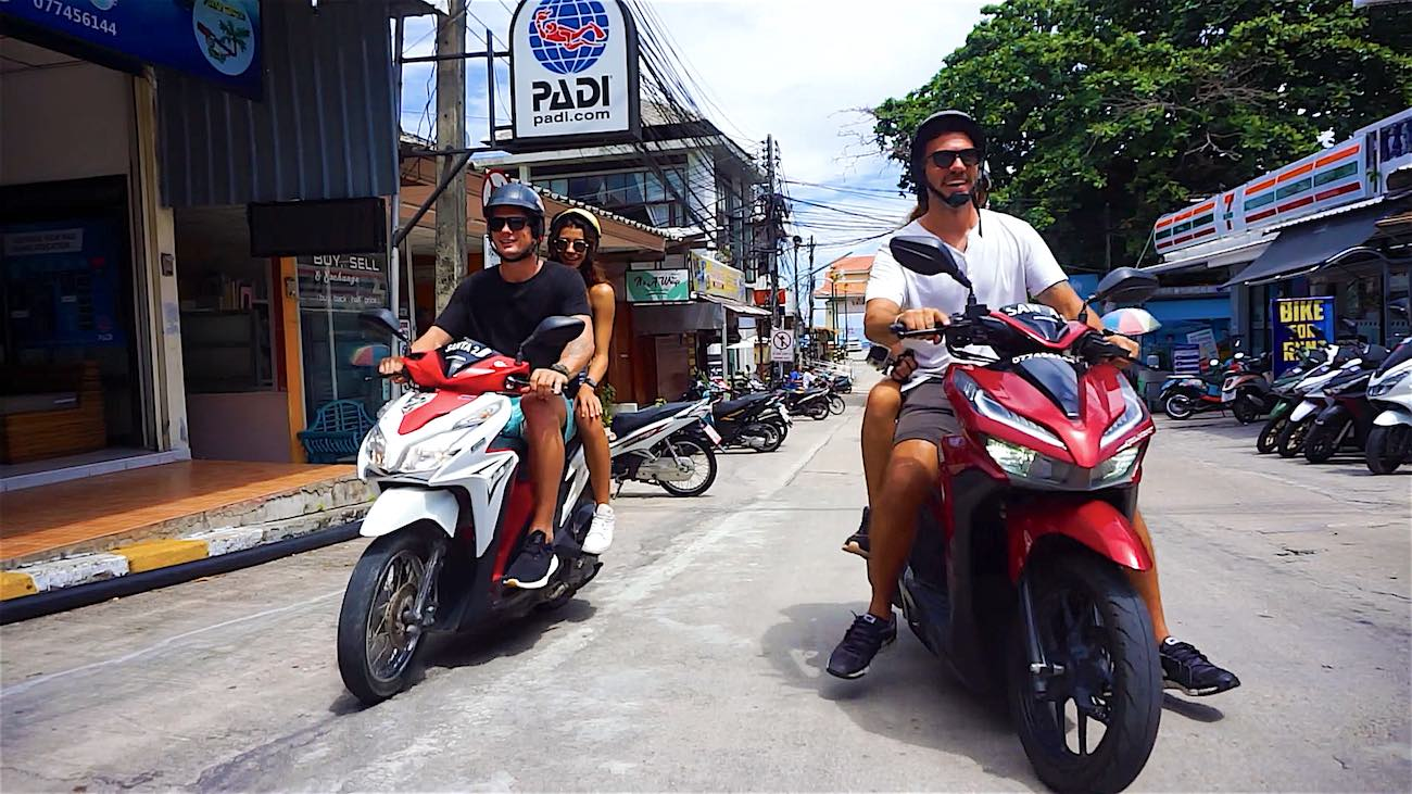 www.thefunkyturtle.com koh tao scooter rental safety tips